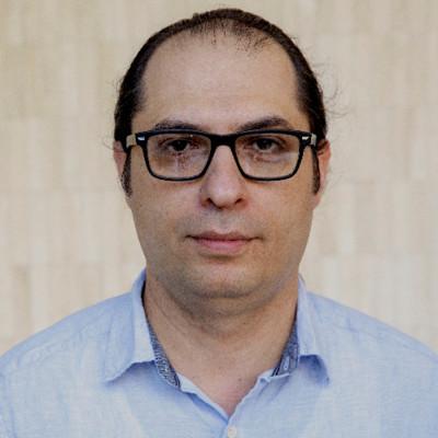Arash Kia